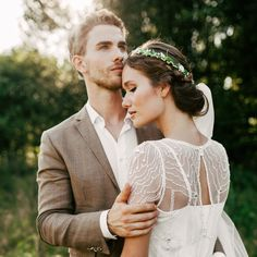 cool Потрясающие прически на свадьбу на средние волосы (50 фото) — Свежие идеи Читай больше http://avrorra.com/pricheski-na-svadbu-na-srednie-volosy-foto/