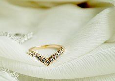 Fashion Gold Tone Rhinestone Simple Band Ring wholesale