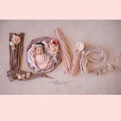Newborn Baby Photos, Newborn Shoot, Newborn Pictures, Baby Girl Newborn, Baby Pictures, Baby Boy, Newborn Photography Poses, Newborn Baby Photography, Photography Props