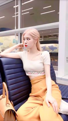 How to Get Glowing Skin - 15 Simple ways - TheBestnChic Divas, Blackpink Fashion, Fashion Outfits, Rose And Rosie, Rose Bonbon, Rose Icon, Kim Jisoo, Black Pink Kpop, Blackpink Photos