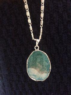 (Back) Dazzling Turquoise Semi-Precious Drusy Agate Gemstone Necklace