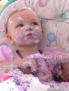 Ohh...what a mess! Soo cute!