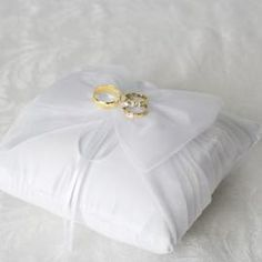 Learn how to make a wedding ring pillow.