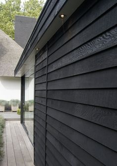 House Cladding, Exterior Cladding, Black House Exterior, Modern Exterior, Garden Pavilion, Dark House, Modern Barn, Garden Office, Pool Houses
