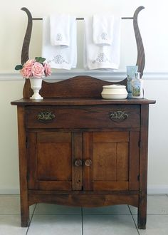 Vintage Antique Dry Sink (commode cupboard for chamber pots) by ThePinkToolBox on Etsy . these show up on Offer Up and Craigslist . I'd love one in my bathroom, kitchen, or laundry room Painting Wooden Furniture, Furniture Near Me, Bathroom Furniture, Home Furniture, Furniture Design, Bathroom Ideas, Rattan Furniture, Outdoor Furniture, Basement Bathroom