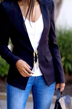 MODE THE WORLD: Black Blazer With White Blouse and Skinny Jeans