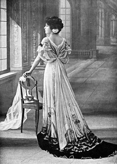 Edwardian Female Fashion: 29 Creative and Stunning Costumes From the ~ vintage everyday 1900s Fashion, Edwardian Fashion, Vintage Fashion, Edwardian Style, Belle Epoque, Historical Costume, Historical Clothing, Vintage Glamour, Vintage Beauty