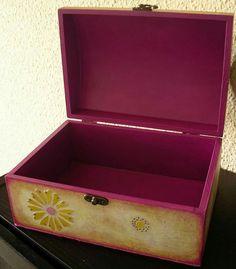COFRE RECUERDOS de MUNDOALIDADES en https://www.facebook.com/mundoalidades Regalos artesanales,cajas madera,vintage,joyero