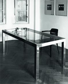 Tisch T10