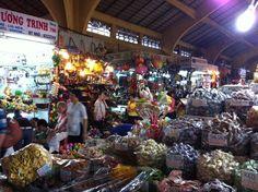 wandering around cho ben thanh market (ho chi minh, vietnam, southeast asia)