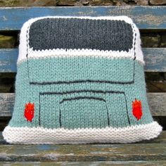 Finally something VW biased in chunky yarn! This VW Splitty Style Campervan Cushion is super quick to knit! Made in Wendy Serenity Super Chunky yarn which I have to say is really nice to work with and very soft and snuggly! I decided to do a Splitty … Cushion Cover Pattern, Crochet Cushion Cover, Loom Knitting, Hand Knitting, Knitting Patterns, Super Chunky Yarn, Knitted Cushions, Back Stitch, Knitted Bags