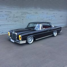 W111 Merc #merc #mercedes #mercedesbenz #w111 #w111coupe #coupe #coupelife #germancar #germancars #retro #retrocars #retrocarsdaily…