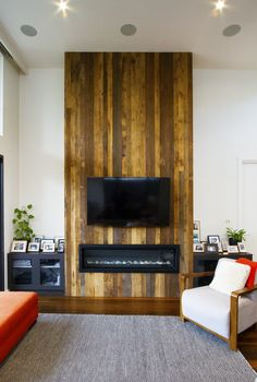 Recycled Timber feature wall, Melbourne, Australia. Rustic wooden feature.