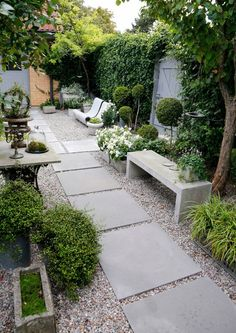 39 Small garden design for small backyard ideas # garden design # behind . - 39 Small garden design for small backyard ideas – - Amazing Gardens, Beautiful Gardens, House Beautiful, Side Yard Landscaping, Landscaping Ideas, Mailbox Landscaping, Acreage Landscaping, Landscaping Plants, Courtyard Landscaping