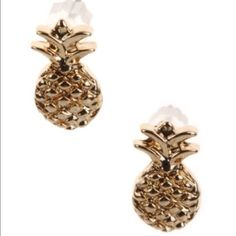 "SUNDAY SALE  gold pineapple studs Length 1/2"" Jewelry Earrings"