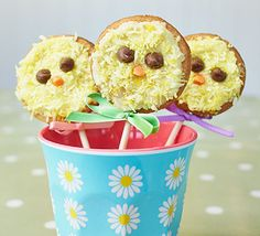 Kids will love to help bake these cute cookie pops this Easter, topped with buttercream, desiccated coconut and chocolate chips