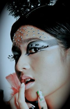 diamonds Bird Makeup, Creatures Of The Night, Carnival, Diamonds, Faces, Colors, Painting, Painting Art, Face