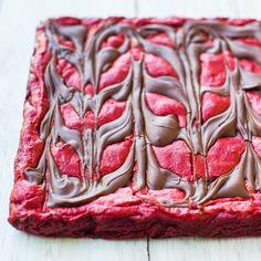 Red Velvet Chocolate-Swirled Brownie Bars - Averie Cooks