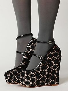 Lacy patterned shoes