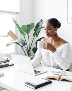 Home office with birds of paradise, Nakd Fashion off the shoulder button down Photography Branding, Photography Business, Love Photography, Lifestyle Photography, Portrait Photography, Business Portrait, Business Photos, Boss Picture, Diy Image