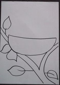 * Vogelnestje: met verschillende materialen laten maken bv. verf, stro, takjes, stroken, sitspapier enz. 1-2