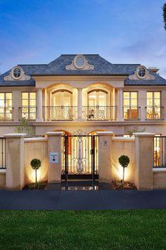 Une villa moderne | luxe, vacances, villas de luxe. Plus de nouveautés sur http://www.bocadolobo.com/en/inspiration-and-ideas/