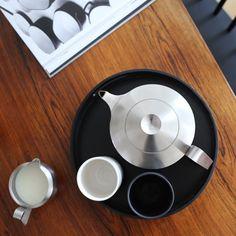 Robert Welch Alveston tea pot | Design Hunter