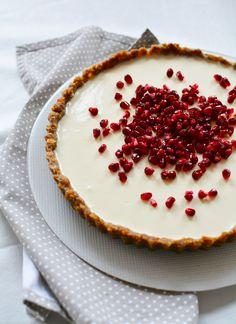 greek yoghurt tart (gluten-free) - by édesem Greek Yoghurt, Yogurt, New Recipes, Cookie Recipes, Sweet Little Things, Recipe Mix, Minion, Grain Free, Sweets