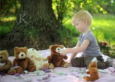 Love this Teddy Bear tea/picnic. This would be awesome to do for Carter and his love of his oso