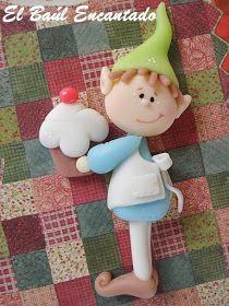 EL BAUL ENCANTADO: Duendes en la cocina... Polymer Clay Figures, Cute Polymer Clay, Polymer Clay Projects, Polymer Clay Creations, Clay Crafts, Diy And Crafts, Christmas Elf Doll, Classy Christmas, Polymer Clay Christmas