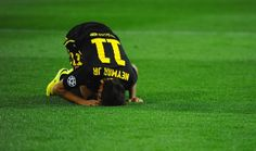 Neymar of Barcelona goes to ground during the UEFA Champions League Quarter Final second leg match between Club Atletico de Madrid and FC Barcelona at Vicente Calderon Stadium on April 9, 2014 in Madrid, Spain.