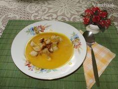 Krémová polievka z tekvice Hokaido (fotorecept) - recept   Varecha.sk Thai Red Curry, Pudding, Breakfast, Ethnic Recipes, Desserts, Food, Morning Coffee, Tailgate Desserts, Deserts