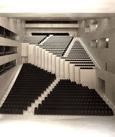 POLYGON THEATRE | CASTELLóN AUDITORIUM AND CONVENTION CENTRE — Patternity