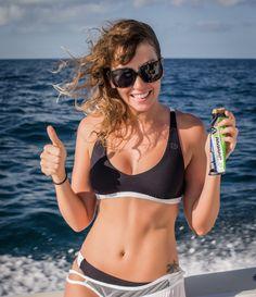 Base jumper, model, and adventure athlete Roberta Mancin - Sports et équipements - Natation - Rip Curl
