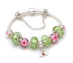 Mothers day gift! Green murano glass beads mom dangle charm beads European bracelet.