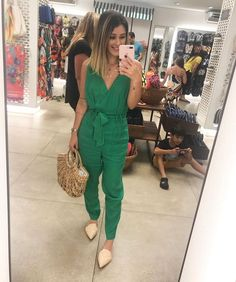 Moda Mulher Madura Verao Ideas For 2019 Casual Chic Outfits, Cute Outfits, Business Professional Outfits, Business Casual Outfits, Outfits For Mexico, Women Clothing Stores Online, Love Clothing, Look Chic, Women's Fashion Dresses