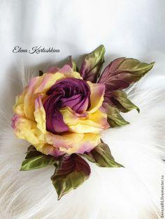 Купить Украшение из шелка. Цветок розы.Брошь заколка - желтый, роза из ткани, роза из шелка