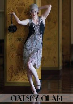 Dress in style with Great Gatsby dresses dazzeling in beaded, fringe, and sequins. Great Gatsby plus size dresses, dresses with sleeves, long dresses and Great Gatsby Inspired Dresses, Great Gatsby Fashion, 20s Fashion, Fashion Dresses, Vintage Fashion, Vintage Inspired, 1920 Style, Style Année 20, Women's 20s Style
