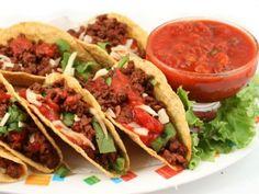 Receta de Tacos de picadillo de carne | En este caso traigo la receta de tacos con relleno de carne de res molida, que pueden perfectamente ser servidos en el almuerzo. Son súper rápidos y deliciosos.