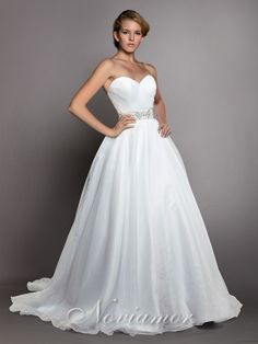 2013 Sweetheart Strapless Bodice Simple Designer Bridal Dress NW1030 from www.noviamor.com