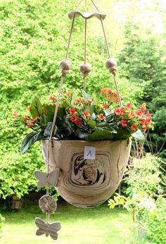 Ceramic Flower Pots, Botanical Illustration, Clay Art, Potted Plants, Container Gardening, Sculpture Art, Concrete, Planter Pots, Pottery
