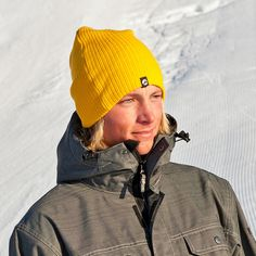 Stubbe strikkelue er en varm og god lue i strikket akryl. Passer godt til å ha under hjelmen eller som vanlig lue på kalde dager.