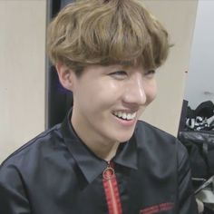 """low quality hoseok on Twitter: """"https://t.co/Fqr39a0pnE"""""""