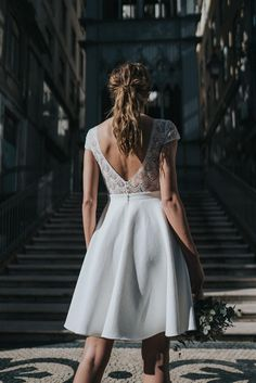 Rembo Styling; Civil Collection 2022 Boho Chic Wedding Dress, Relaxed Wedding, Tea Length Wedding Dress, Robes D'inspiration Vintage, Rembo Styling, Alice, Contemporary Dresses, Wedding Dresses 2018, Dress Images