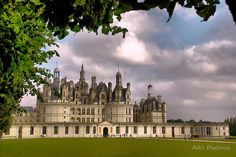 One of the most beautiful and most famous castles in France: Chambord near the river Loire.