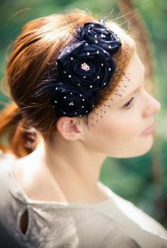 Great for Prom Hair Accessories For Women, Gorgeous Women, Bows, Prom, Crafts, Fashion, Arches, Senior Prom, Moda