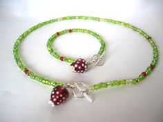 BERRY YOU - Strawberry necklace and bracelet