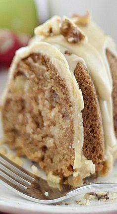 caramel apple bundt cake 086 I originally shared this recipe on Cooking with Ruthie. Apple Bundt Cake Recipes, Apple Desserts, Fall Desserts, Apple Recipes, Just Desserts, Baking Recipes, Delicious Desserts, Yummy Food, Apple Bunt Cake