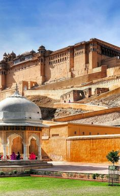 Beautiful Amber Fort near Jaipur city in India. Rajasthan