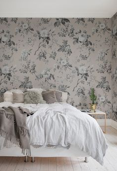 Thorn Rose, Early Rise - Home Interior Wallpaper, Modern Wallpaper, Home Wallpaper, Mural Floral, Deco Rose, Woman Cave, Bed In A Bag, Scandinavian Home, Luxury Bedding